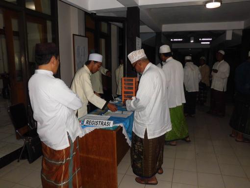 Acara Dauroh Ilmiah Majlis Khirrijil Haromain pertama di Murnajati Lawang tgl. 21-23 Maret 2013